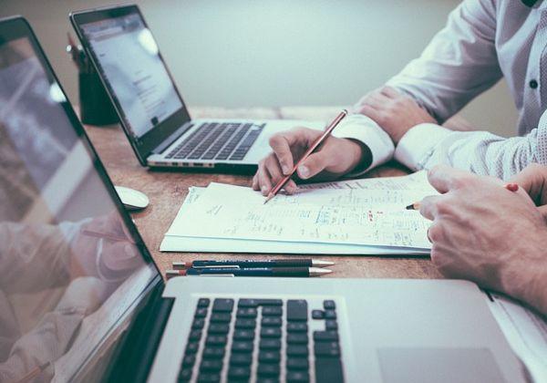 商談をうまくまとめる方法とは?できる営業マンの営業トークの中身を公開!